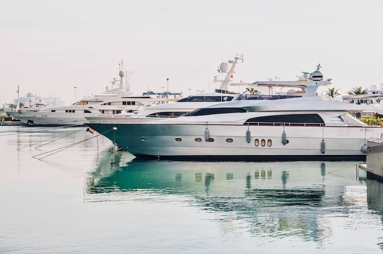 cannes-yachting-festival-2021-yacht-french-riviera