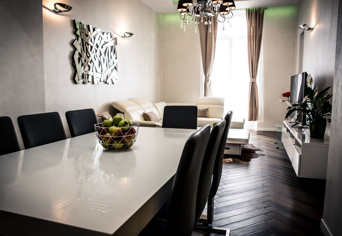 Appartement à Cannes - HAUSSMANN