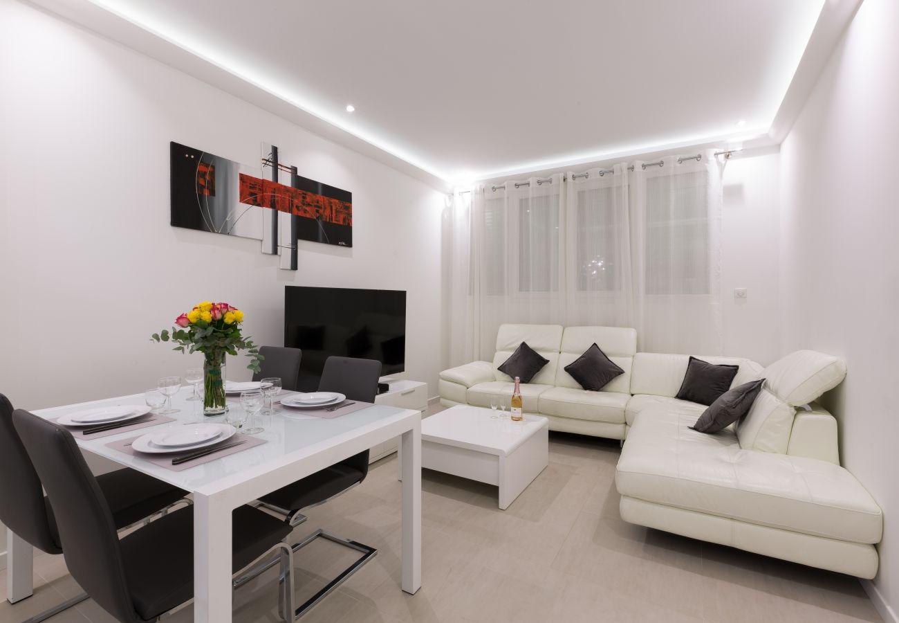 Apartment in Cannes - LIDO SOUPLEX