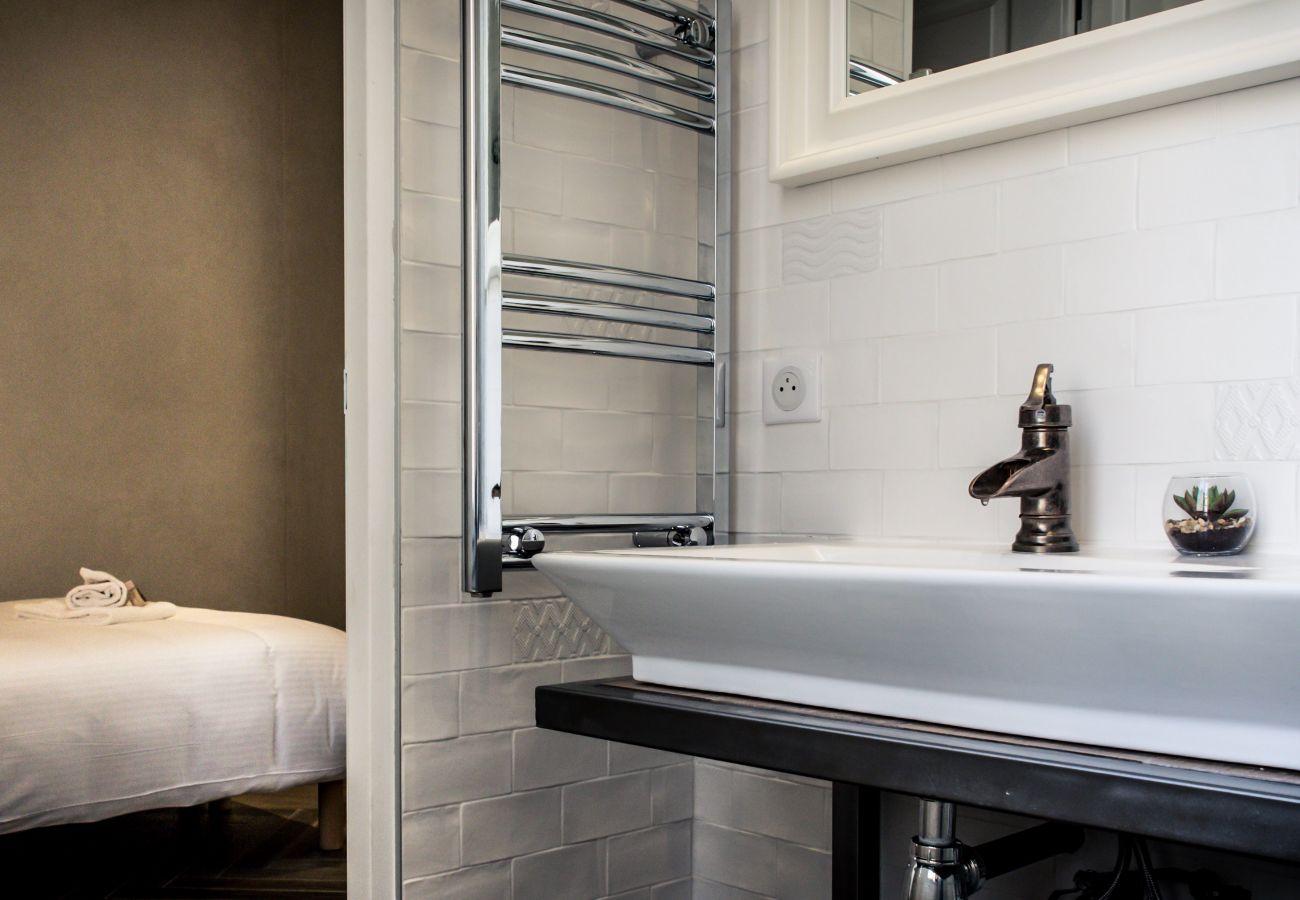 Apartment in Cannes - HAUSSMANN